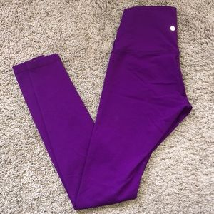 High waisted lulu lemon 🍋 yoga pants